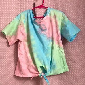 Colorful crop top 🤗